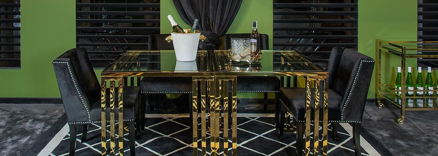 Jídelní stoly Artelore a Richmond Interiors